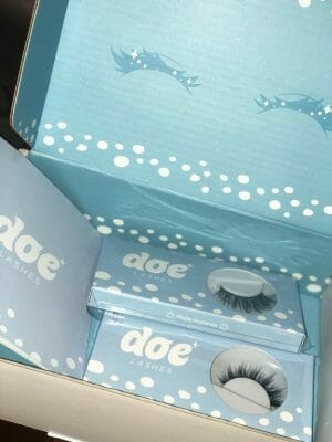 Packing of Doe Lashes Products
