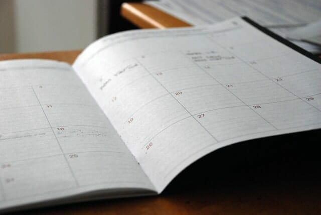 social media ideas for dentists content calendar