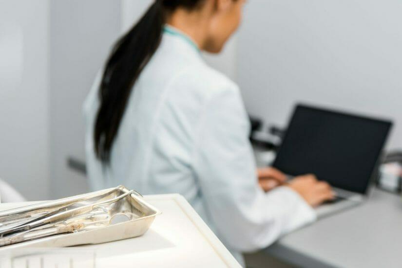 Dentist typing